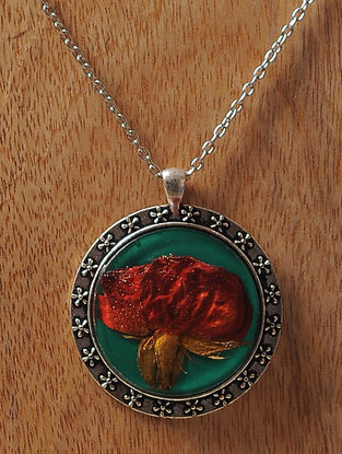 Green Enameled Sundried Rose Brass Alloy Necklace