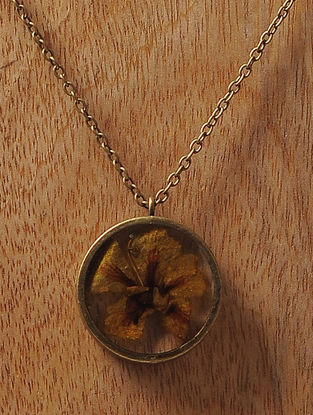 Yellow Sundried Copper Pod Brass Alloy Necklace