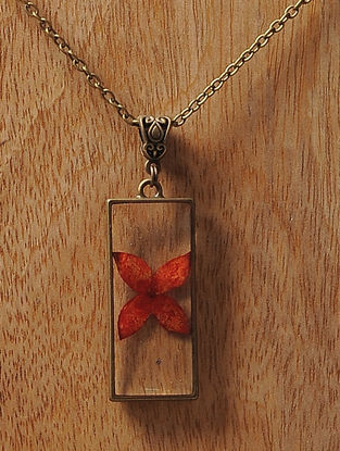 Red Sundried Ixora Brass Alloy Necklace