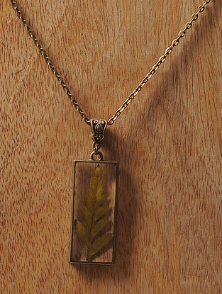 Pink Sundried Pine Leaf Brass Alloy Necklace