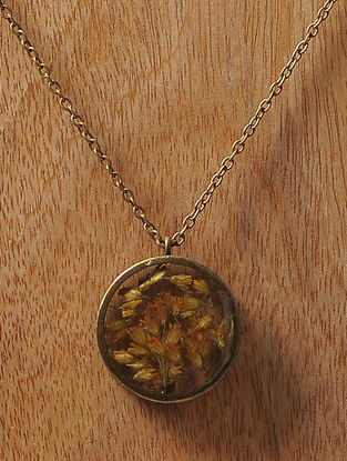 Yellow Sundried Babys Breath Brass Alloy Necklace