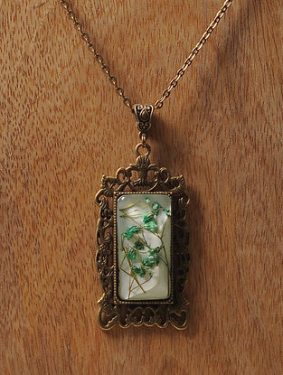 White Enameled Sundried Dandelions Brass Alloy Necklace