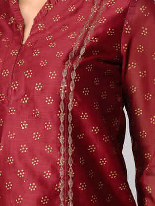 Maroon Panelled Embroidered Chanderi Kurta