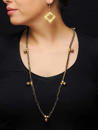Black Thread Brass Necklace with a Pair of Earrings (Set of 2)