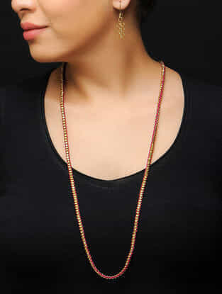 Pink Thread Brass Necklace with a Pair of Earrings (Set of 2)