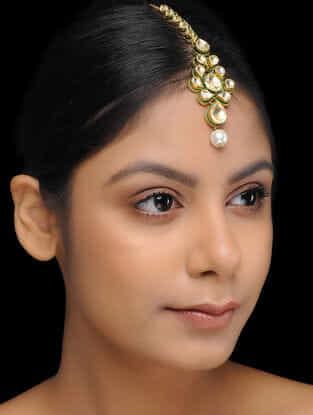 White Gold Plated Kundan Inspired Brass Mang Tikka