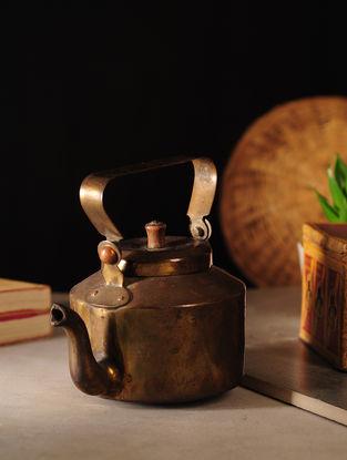 Vintage Brass Kettle (L:7.2in, W:5in, H:5in)