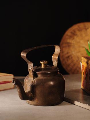 Vintage Brass Kettle (L:6.7in, W:4.2in, H:4.5in)
