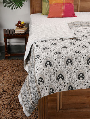 Multicolored Block-printed Cotton Double Quilt (104in x 88in)