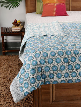 Multicolored Block-printed Cotton Double Quilt (102in x 90in)