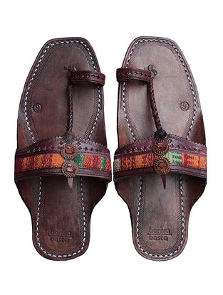 Brown-Multicolored Handcrafted Kilim and Leather Kolhapuri Flats for Men
