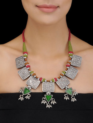 Green-Red Thread Silver Necklace with Floral Motif