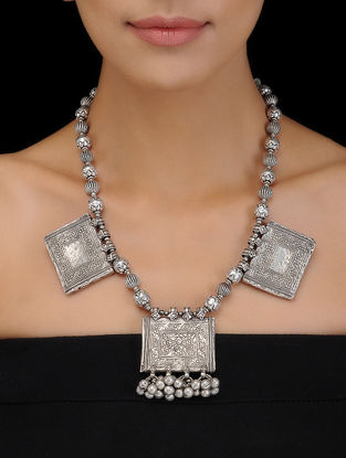 Silver Necklace with Floral Motif