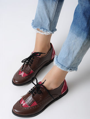 Brown-Red Handcrafted Ikat Shoes