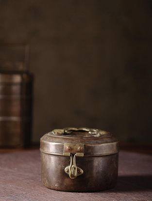 Vintage Brass Tiffin (L:5.5in, W:5in, H:3.5in)