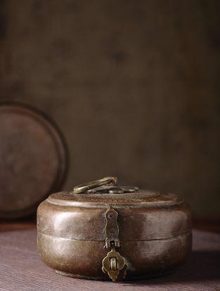 Vintage Brass Chapati Box (L:7.3in, W:7.3in, H:4in)
