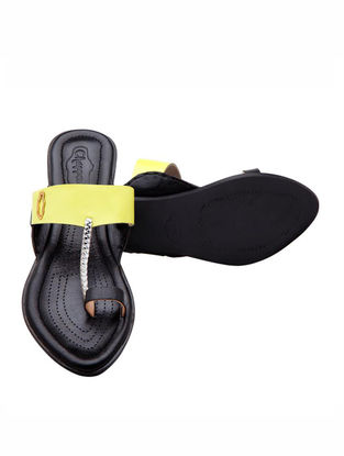 Black-Yellow Handcrafted Leather Flats for Women