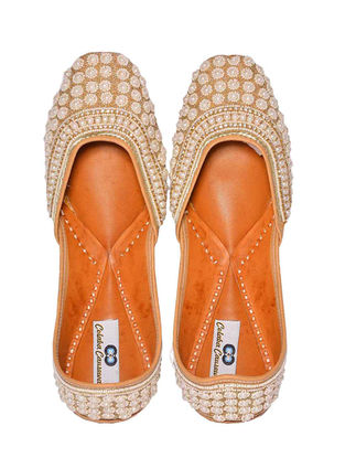 Golden Embroidered Leather Juttis