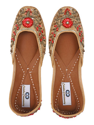 Beige Red Handcrafted Silk and Leather Juttis