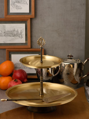 Umang Konkan Handcrafted Brass Cake Stand with Server (Set of 2) (Dia:12.6in, H:9.4in)