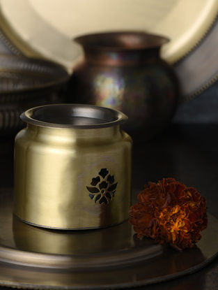 Sundaram Angithi Handcrafted Brass Diffuser (L:4in, W:4in, H:3.5in)
