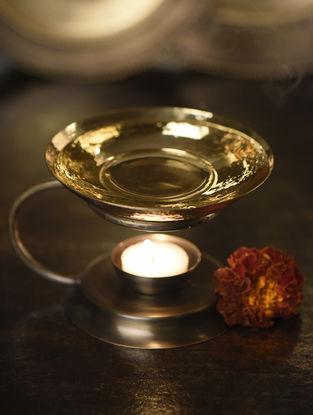 Sundaram Kutch Handcrafted Brass Diffuser (L:7in, W:5.5in, H:4.5in)