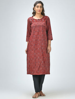 Maroon Round-Neck Ajrakh Printed Cotton Kurta