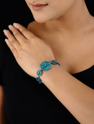 Quartz Silver Bracelet with Floral Design