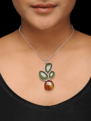 Serpentine and Chalcedony Silver Necklace