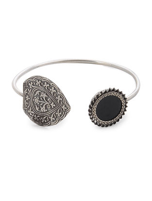 Black Glass Silver Cuff with Floral Motif