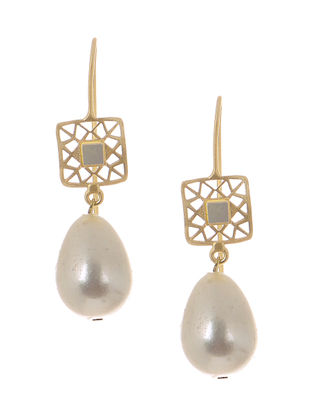 White Mother of Pearl and Pearl Gold-plated Brass Earrings