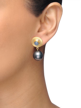 Grey Gold-plated Brass Pearl Earrings