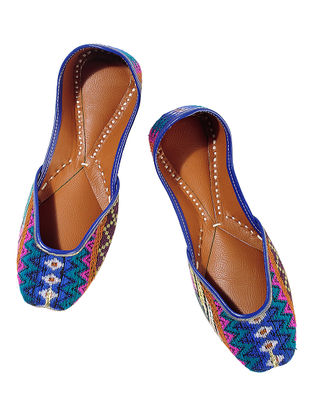 Multicolored Zig Zag Embroidered Cotton Leather Juttis