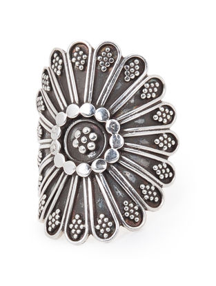 Classic Silver Ring with Floral Design (Ring Size -8)