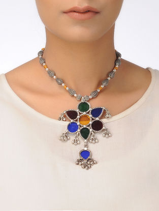 Multicolored Glass Silver Beaded Necklace with Floral Design