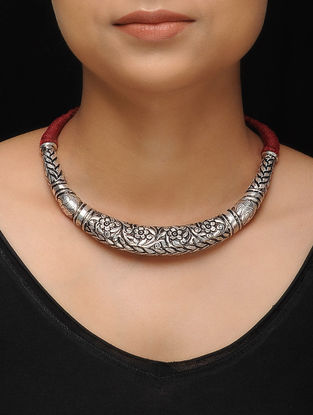 Maroon Thread Tribal Silver Necklace with Floral Motif