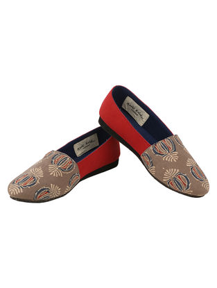 Grey-Red Handcrafted Ajrakh-Printed Cotton Loafers