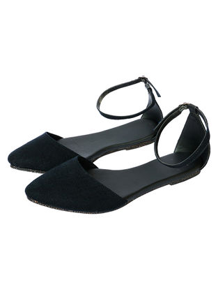 Black Handcrafted Cotton Sandals
