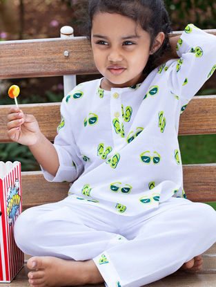 White Sunglass Slipper Printed Cotton Kurta Pyjama Set for Kids