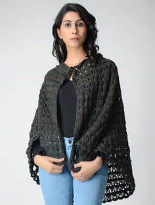 Grey Hand-Crochet Wool Cape