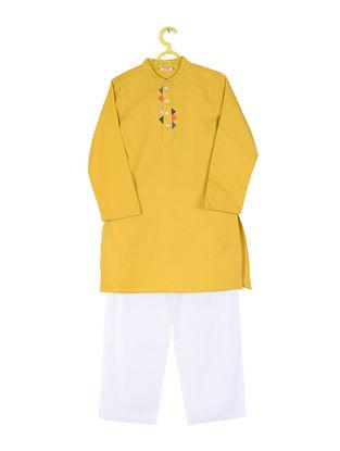 Mustard-White Cotton Silk Kurta Pyjama ( Set of 2)