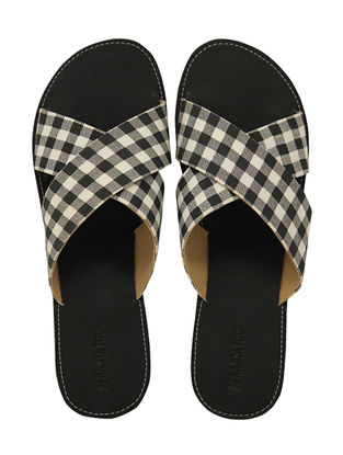 Black-White Handcrafted Checkered Flats