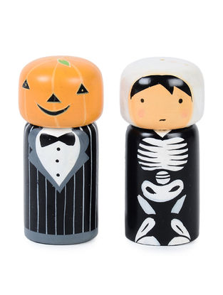 Halloween Hand-painted Wood Salt and Pepper Shakers (Set of 2) (L:2.2in, W:2.2in, H:4.2in)