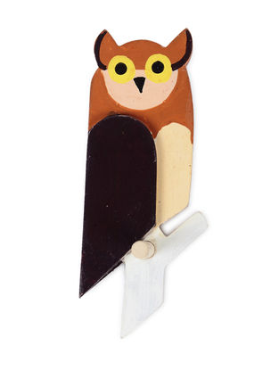 Brown-White Hand-painted Wood Wall Hook with Owl Design (L:7.5in, W:3in, H:2.6in)