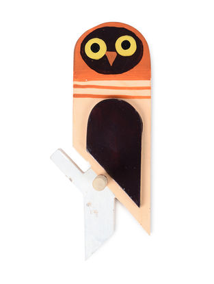 Brown-Yellow Hand-painted Wood Wall Hook with Owl Design (L:7.5in, W:3in, H:2.6in)