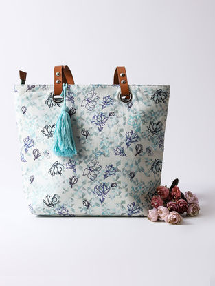 Sea Green Digital Printed Tote with Tassel