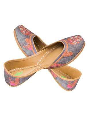 Grey-Pink Printed Silk and Leather Juttis for Women