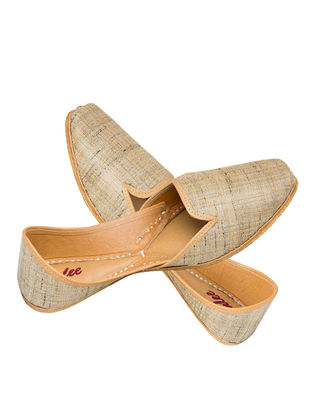 Beige Handcrafted Khadi Silk and Leather Jutti for Men