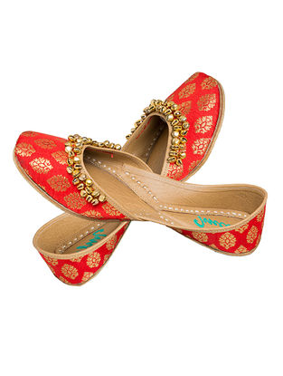 Red Embellished Brocade Silk and Leather Juttis for Women