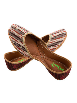 Grey-Brown Zari Embroidered Dabu-Printed Leather Juttis for Women